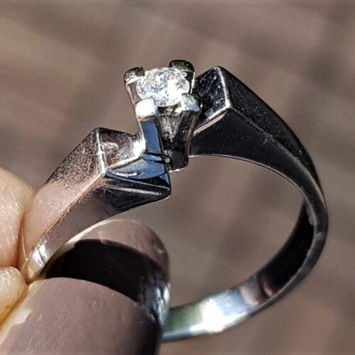 0,10 carat diamant ring