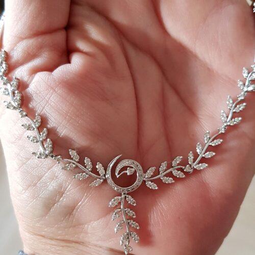 Diamant Halskæde m. i alt 1,70 carat Diamanter, Sat i 18 Karat Hvidguld.