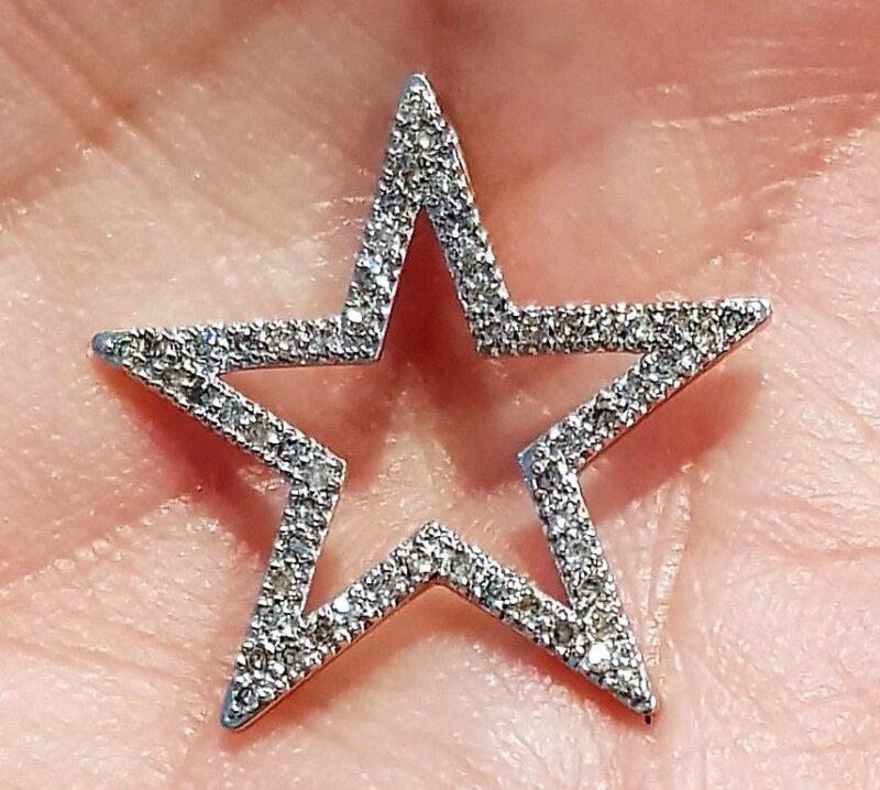 Stjerne Diamant Vedhæng m. i alt 0,28,5 carat Diamanter Vedhæng i Hvidguld.