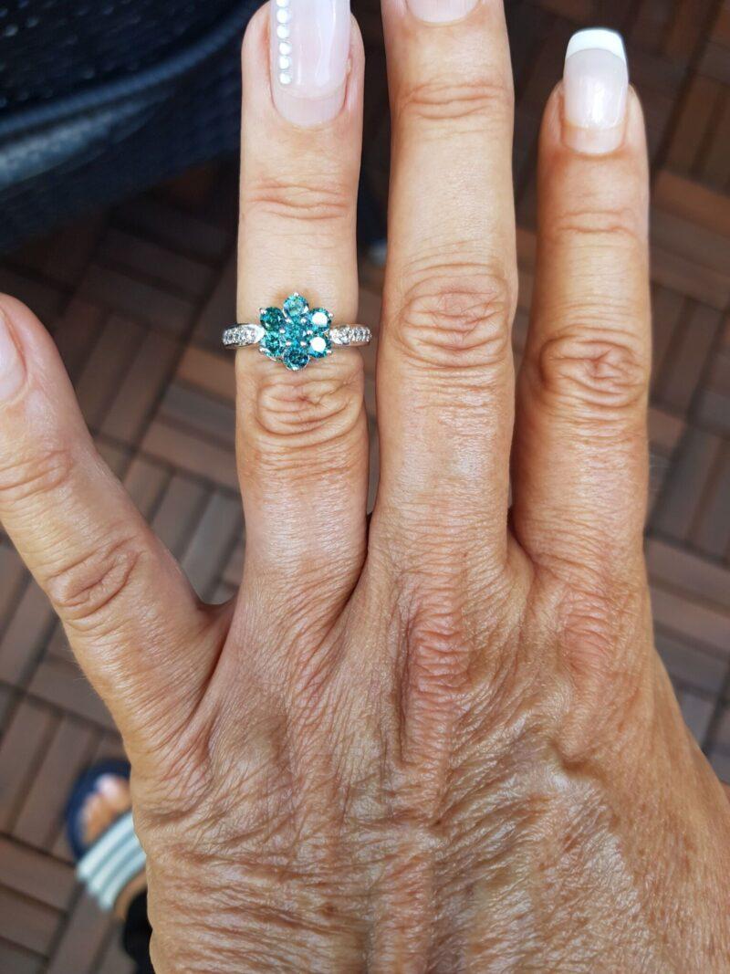 Diamant Roset Ring m. Grønne og Hvide Diamanter, Total 1,20 carat.
