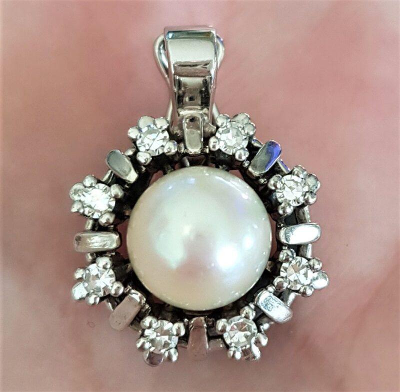 Oplukkeligt Roset Perlevedhæng m. Kultur Perle og Diamanter