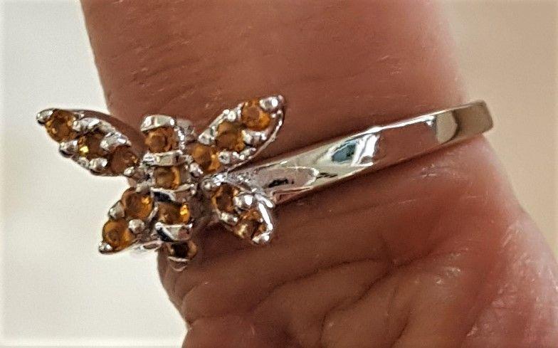 Sommerfugl Ring i Hvidguld m. Citriner