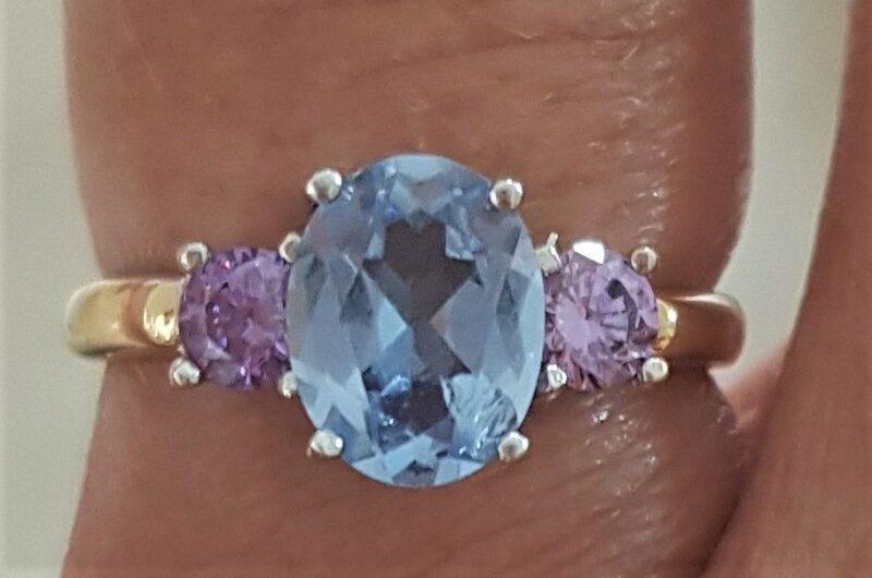 Blue Topas og Ametyst Ring i 14 Karat Guld.