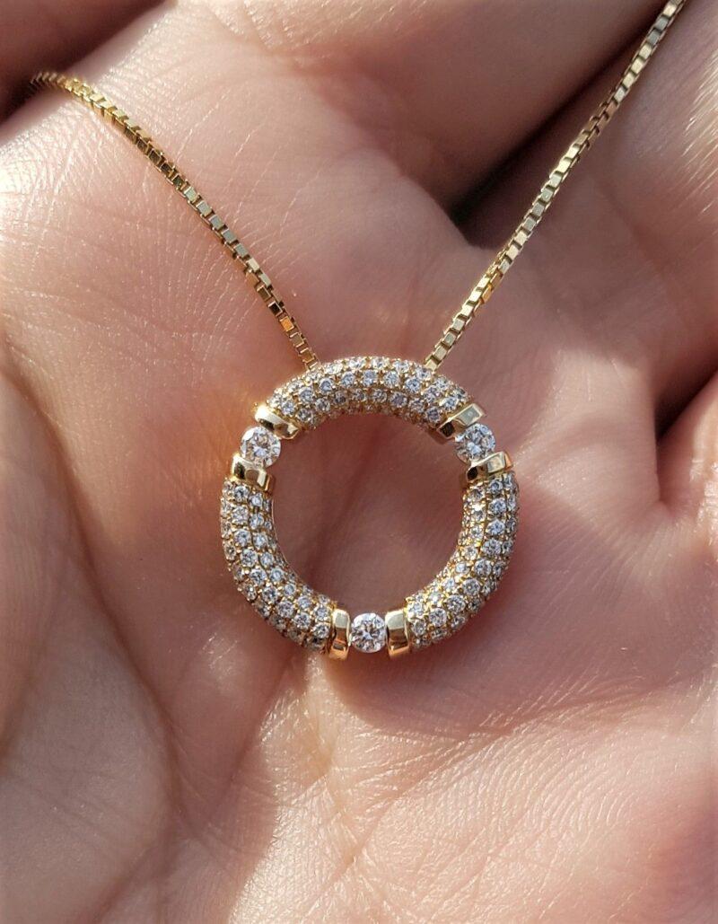 1,75 carat Cirkel/Eternity Diamant Vedhæng i 18 Karat Guld.