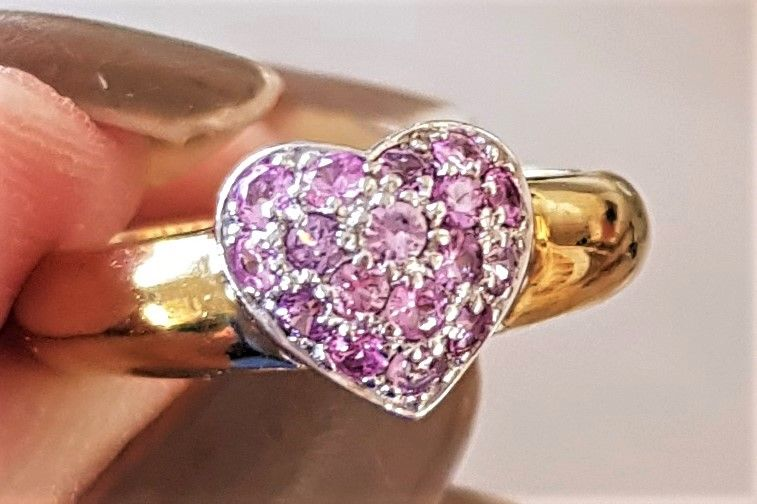 Rosa/Pink Hjerte Safir Ring i Guld.