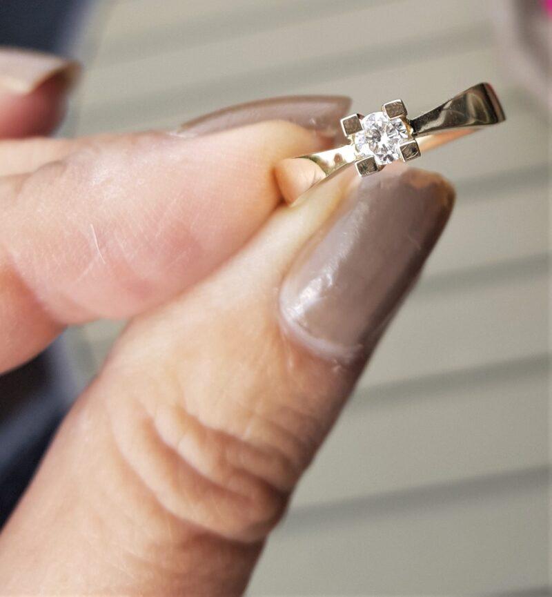 0,25 carat Solitaire Diamant Ring i 14 Karat Guld.