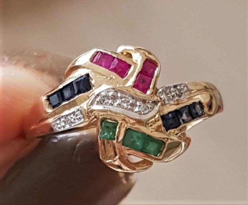 14 Karat Guld Ring m. Safirer, Rubiner, Smaragder og Diamanter