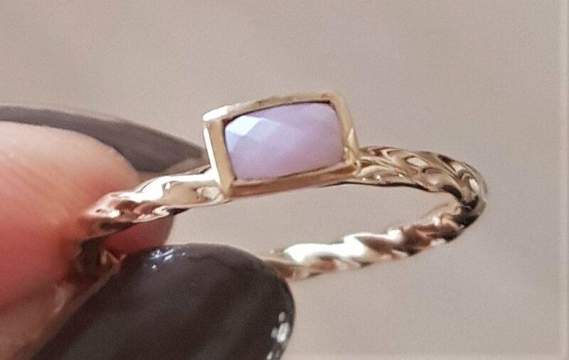 Spinning Ring i Guld m. Rosa Sten