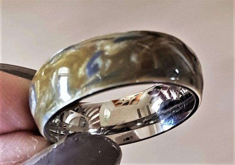 Titanium Ring i Moderne Design m. Farvet Enamel