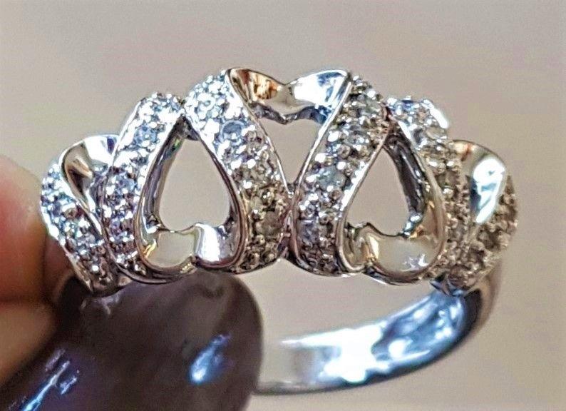 Hjerte Diamant Ring i Hvidguld.