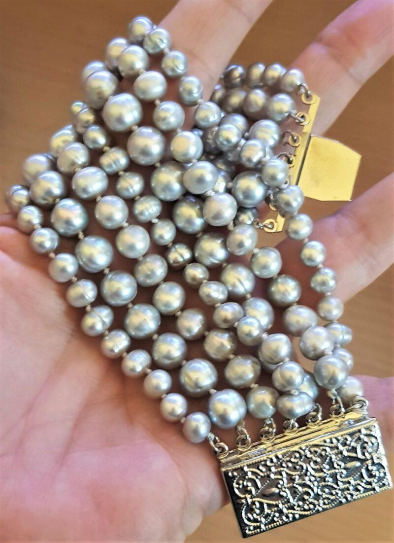 Akoya Perle Armbånd m. 7 Rækker Lys Grå Perler.