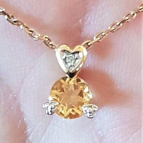 Citrin Vedhæng i 14 Karat Guld m. Diamanter i Hjerte.