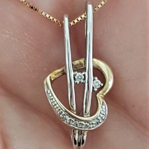 Hjerte Vedhæng i Guld/Hvidguld m. Diamanter