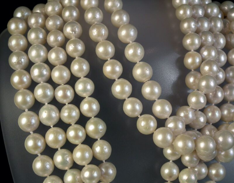 Hvid Lang South Sea Perle Kæde på 240 cm.