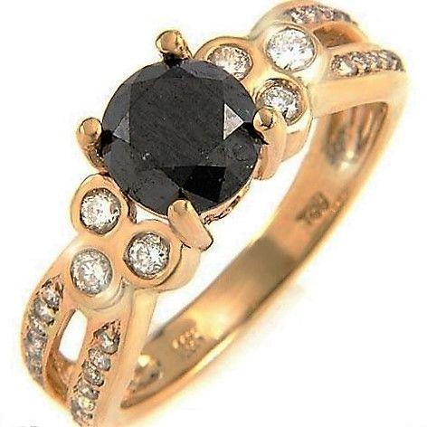 Sort Diamant Ring, Total 2,07 carat Sat i 14 Karat Guld.