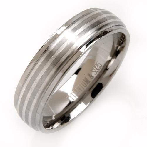 Titanium Ring m. Striber.