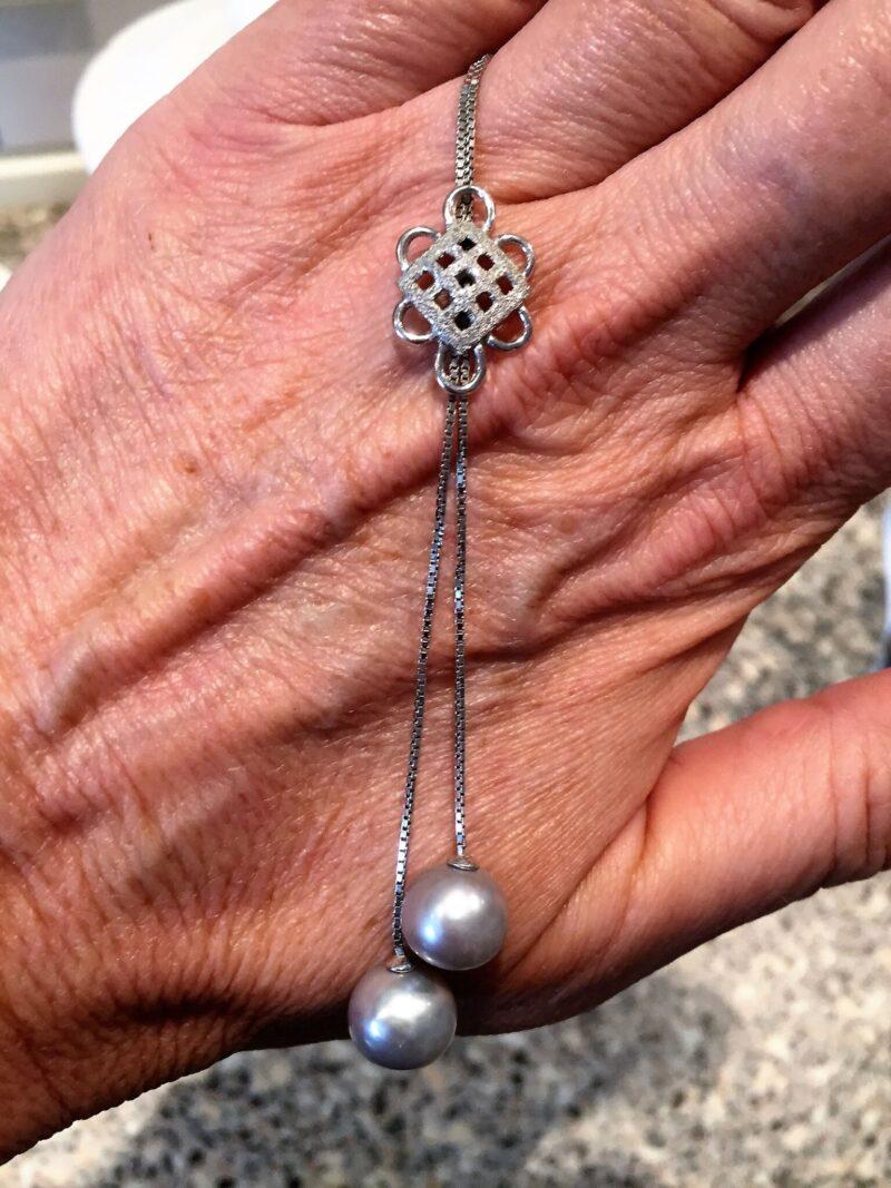 Italiensk 18 Karat Hvidguld Halskæde m. Silver Gray Tahiti Perler.