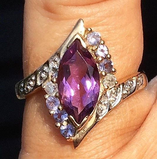 Alexandrite/Ametyst Ring i Guld.