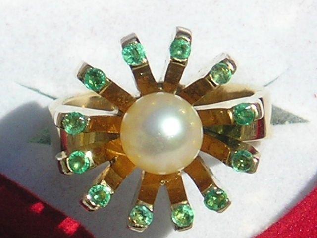 Smaragd/Perle Ring i Guld