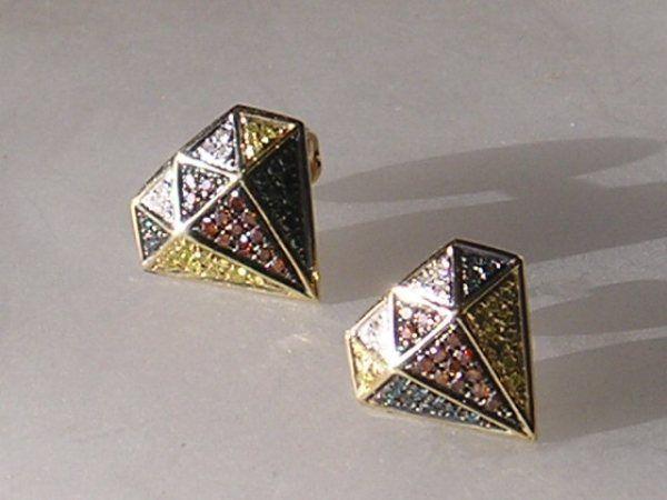 Diamant Formede Øreringe m. Total 0,35 carat Farvede Diamanter i Guld.