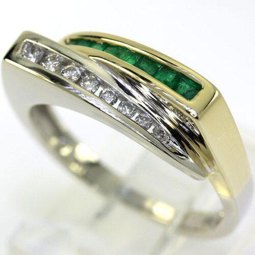 Smaragd/Diamant Ring i Guld /Hvidguld