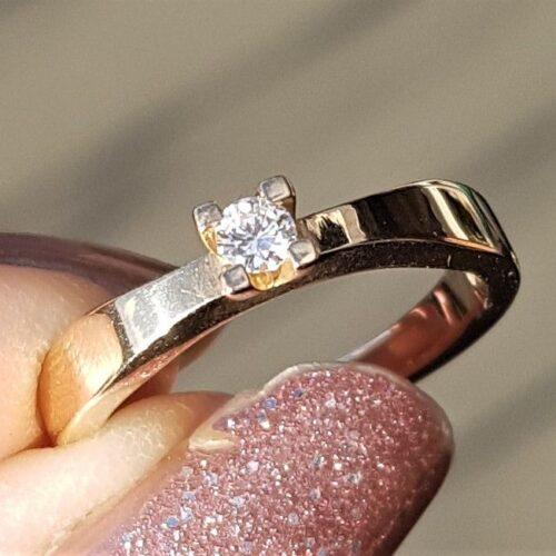 Toftegaard Solitaire Diamant ring på 0,09 carat i 14 Karat Guld.