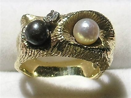 Håndlavet Unika Ring i 14 Karat Guld m. Kultur Perler og Diamanter.