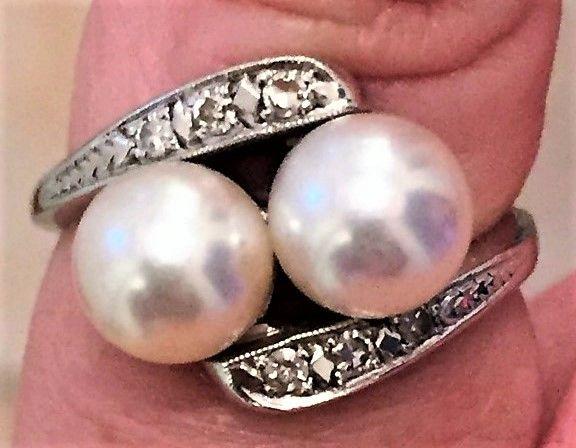 Akoya Perle Ring i 14 Karat Hvidguld.