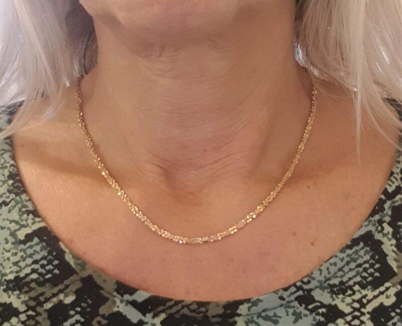 Kraftig Snoet Italiensk Margarite Halskæde i 14 Karat Guld.