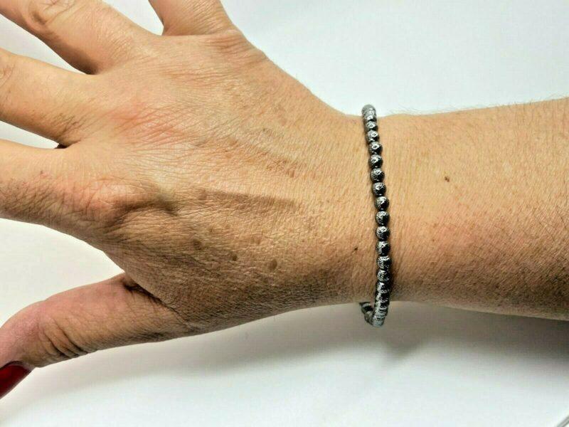 sort armbånd 18 K.